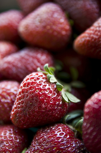 Shallow depth of field. Strawberries by elcerritoguauchos.net